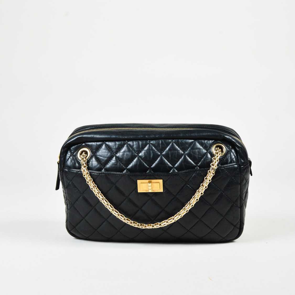 e5daf880a58a Details about Chanel Black & Gold Tone Aged Calfskin Quilted Medium