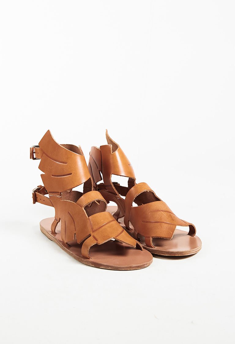 "x Carven Beige Leather ""Banana"" Flat Sandals"