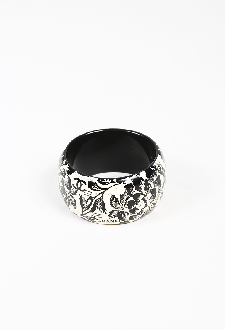 Black Cream Resin Carved Floral Print Bangle Bracelet