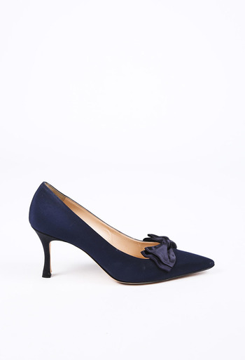 04c4e1a2745ca Satin Bow Pointed Pumps