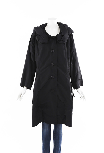 Padded Collar Buttoned Coat